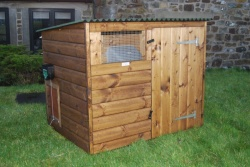 The Manifold Deluxe Poultry/Duck House